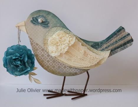 oiseau et fleur bleue