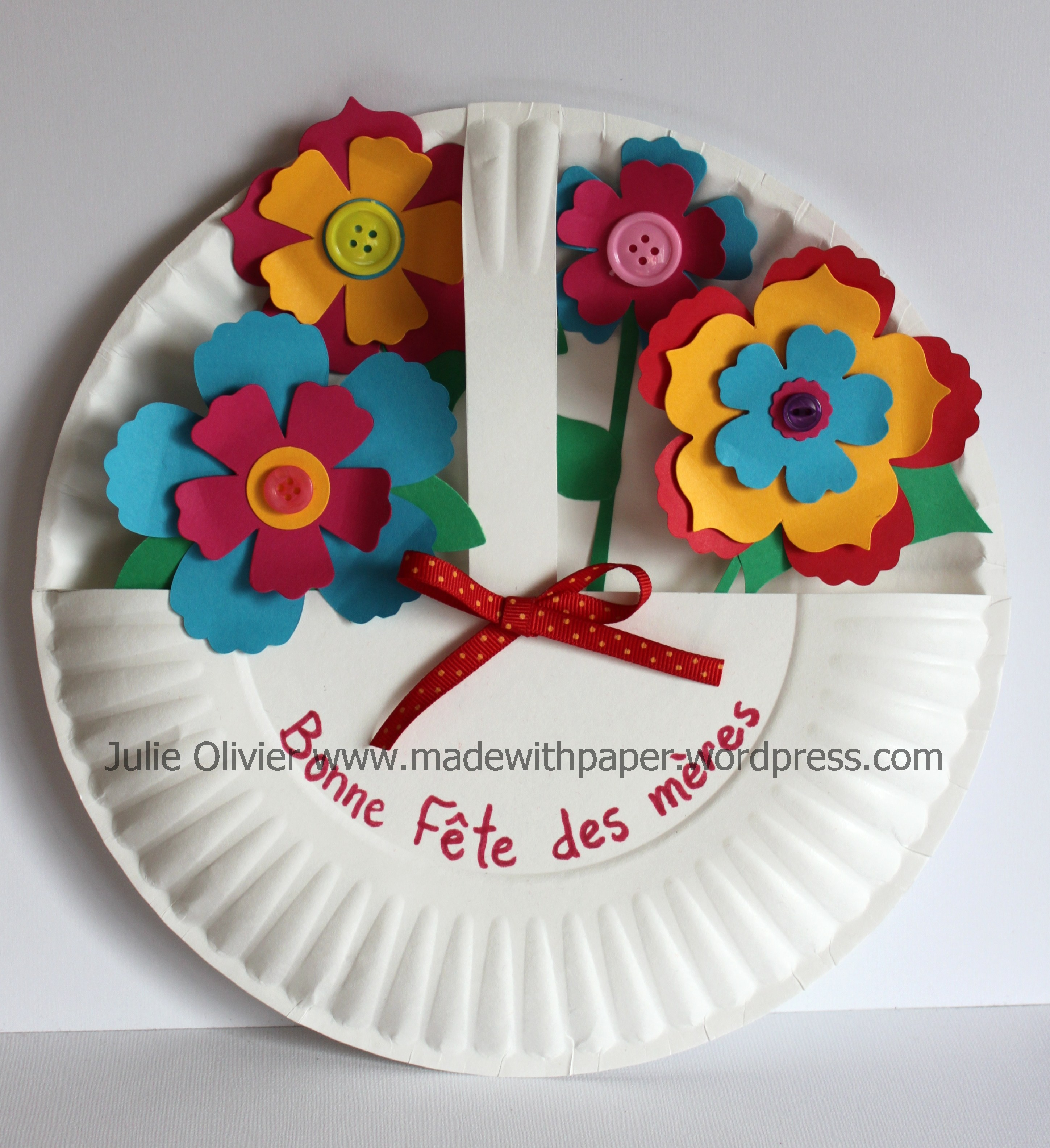 Fun flowers bigz l die perfect for mother s day crafts for Crafts to make for mom